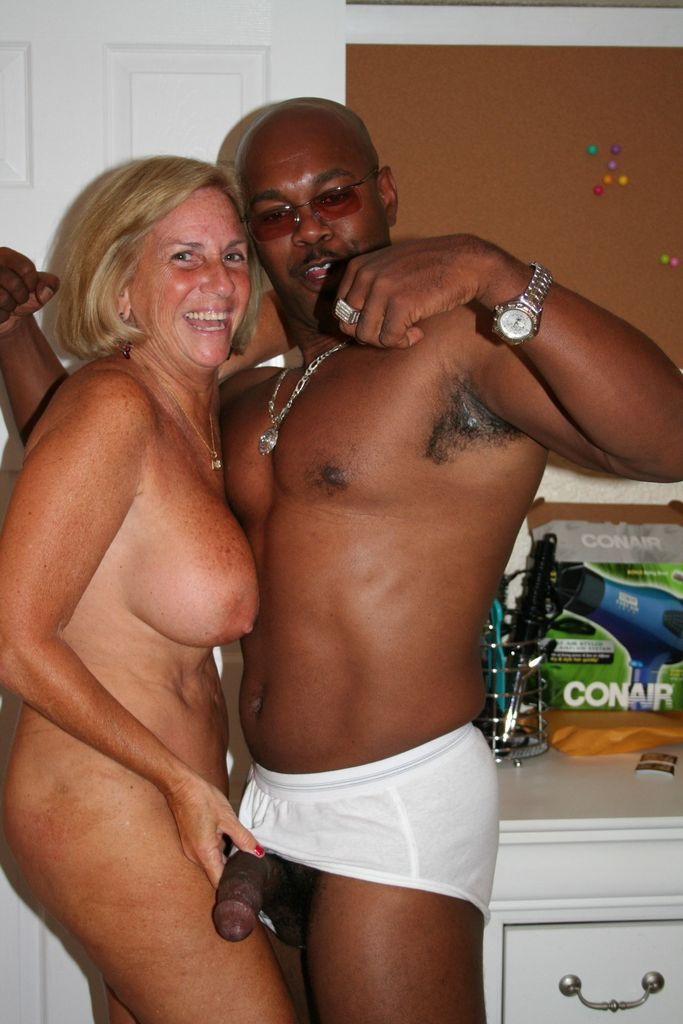 Mature Blonde And Black 97